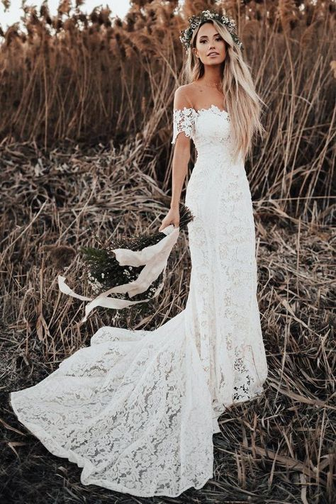Elegant Boho Lace Wedding Dresses 2019 Off The Shoulder Short Sleeves Beach Country Wedding Gowns Bridal Dresses