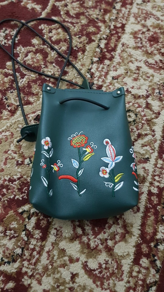 Maison Fabre bag female 2019 simple fashion Women's Flower Embroidered Bucket Bag Large Capacity Crossbody Bag July16  40 photo review
