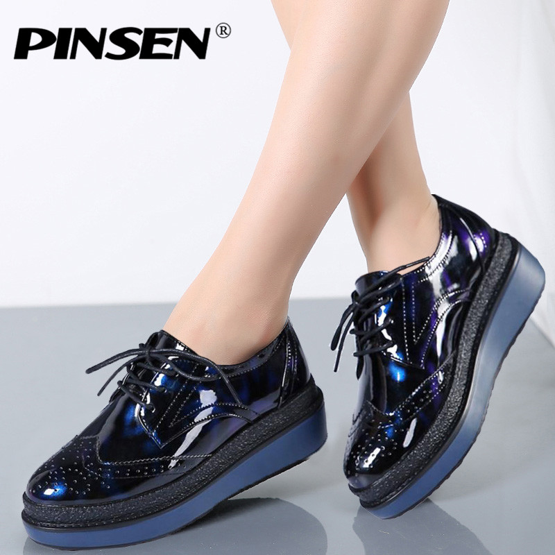 PINSEN 2017 Autumn Women Flat Platform Shoes Brogue Patent Leather Lace up flats Women's Shoes Female Casual Creepers Shoes 2017 women genuine leather brogue flats shoes patent leather lace up pointed toe luxury brand red blue black pink creepers