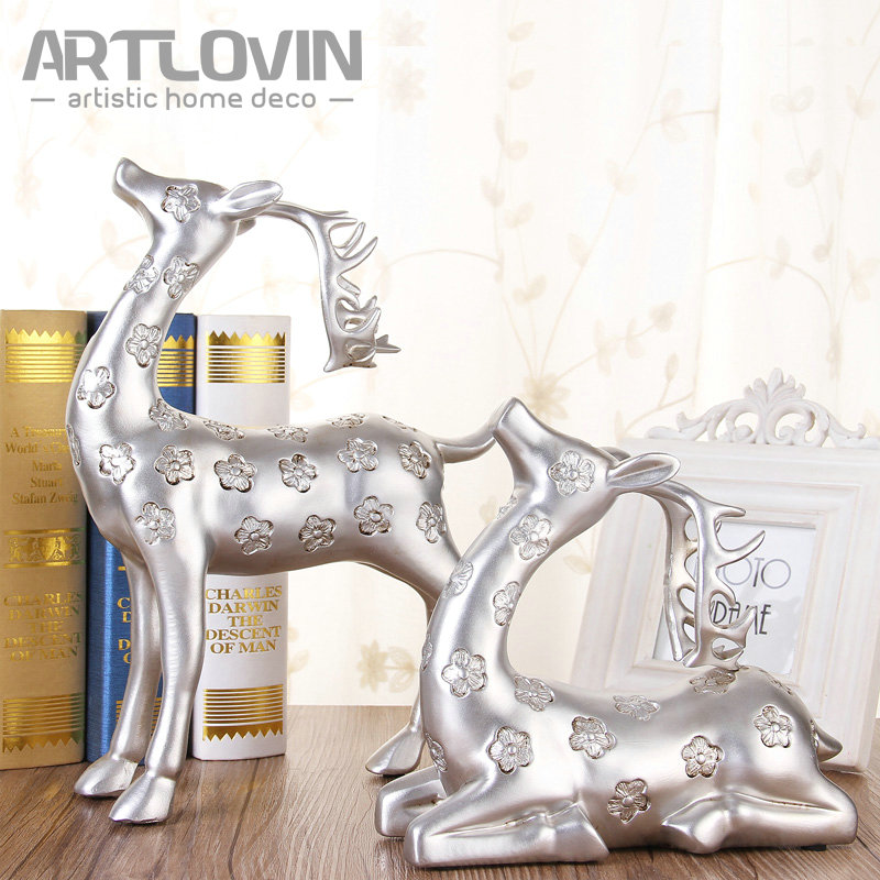Christmas Luxury Home Decorative Silver Resin Deer Figurine European Style Miniatures for Office and Living Room Decor