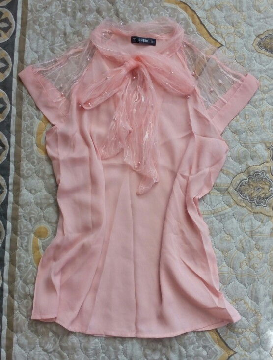 Sheinside Pearl Beading Mesh Top Women Pink Tied Neck Cap Sleeve Stand Collar Blouse Shirt 2018 Summer Elegant Workwear Blouse