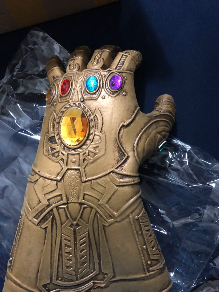 The Infinity Gauntlet photo review