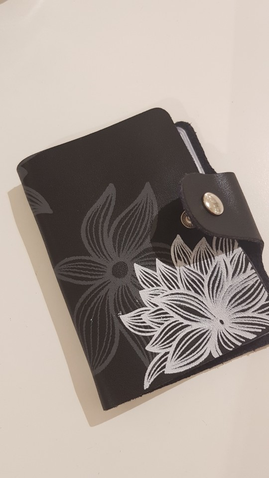 2019 Genuine Leather Print Women Business Card Holder 11 Colors ID Card Credit Card Holder Protector Organizer Card Wallet DC57 photo review
