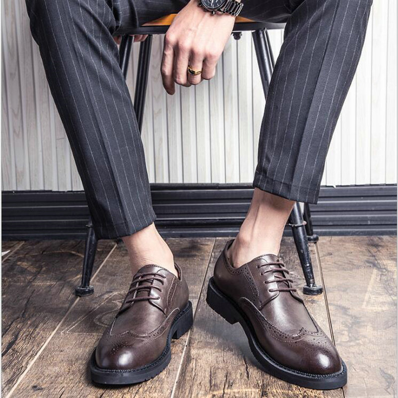 New 2018 Luxury Fashion Brand Dress Shoes Men Leather Brogue Mens Flats Shoes Casual British Style Men Oxfords Big size LE-27 2017 hot sale men shoes suede leather big size high quality fashion men s casual shoes european style mens shoes flats oxfords