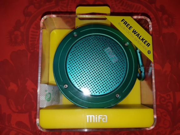 MIFA F10 Outdoor Wireless Bluetooth 4.0 Stereo Portable Speaker Built-in mic Shock Resistance IPX6 Waterproof Speaker with Bass