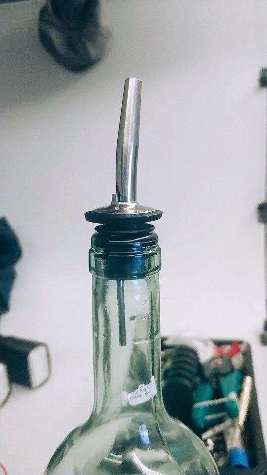 Stainless Steel  Wine Bottle Stopper Hot-sale 4Pcs Bar Supplies Bottle Spout Pourer
