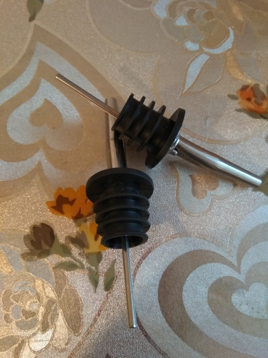 2pcs HOT Stainless steel wine Olive Oil Pourer Dispenser Spout Glass Bottle Pourer Black HQ