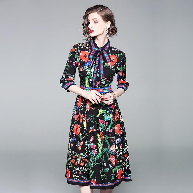 En gros 2018 été nouvelle belle robes manches de femmes de mode d'impression mince sauvage un mot robe