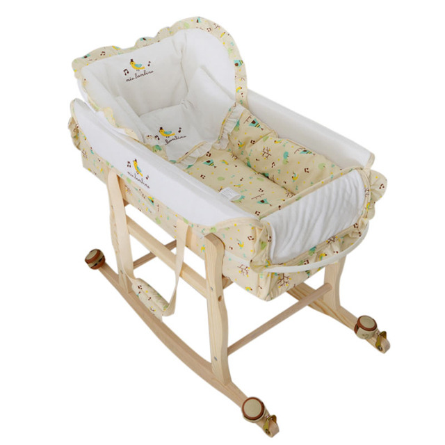 Wooden Baby Cradle High Quality Baby Crib Multi-functional Portable Baby Bed Safety Newborn Mat Set Baby Furniture with Wheel