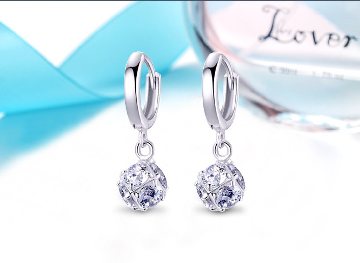 2020 NEW Earrings Europe Color Crystals From Swarovskis Earring With Charm For Women Gift Fine Jewelry