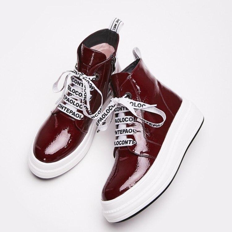 16cb63fe60313 MLJUESE 2019 botas de tobillo de mujer de charol con cordones de invierno  rojo vino botas de piel cálidas plataforma pisos botas de Mujer talla 34 40  en ...