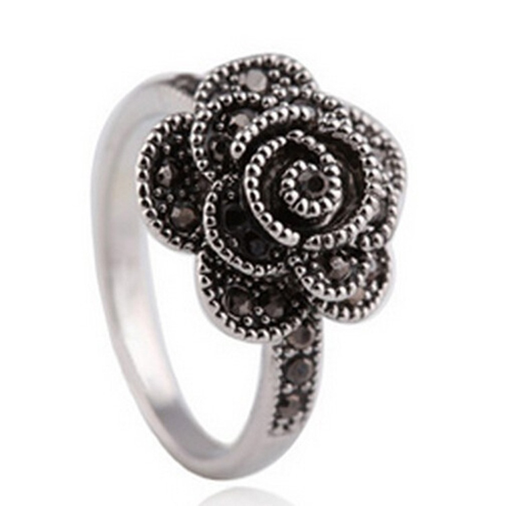 Retro Rhinestone Flower Lady Finger Ring Party Wedding Engagement Bridal Jewelry