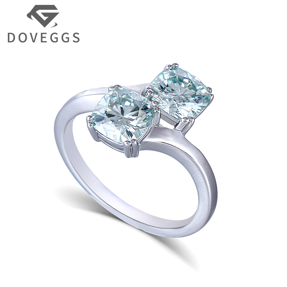 DOVEGGS 1.7 mm Band Width 2CTW Two Stone 6X6mm Cushion Cut Slight Blue Moissanite Platinum Plated Silver Engagement Ring transgems 2ct 7x8mm cushion cut slight grey lab grown moissanite 2 6mm width engagement rings platinum plated silver