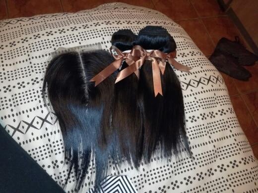 Черный жемчуг прямые волосы Связки с закрытием Номера для человеческих волос 3 Связки с закрытием перуанские пучки волос с закрытием