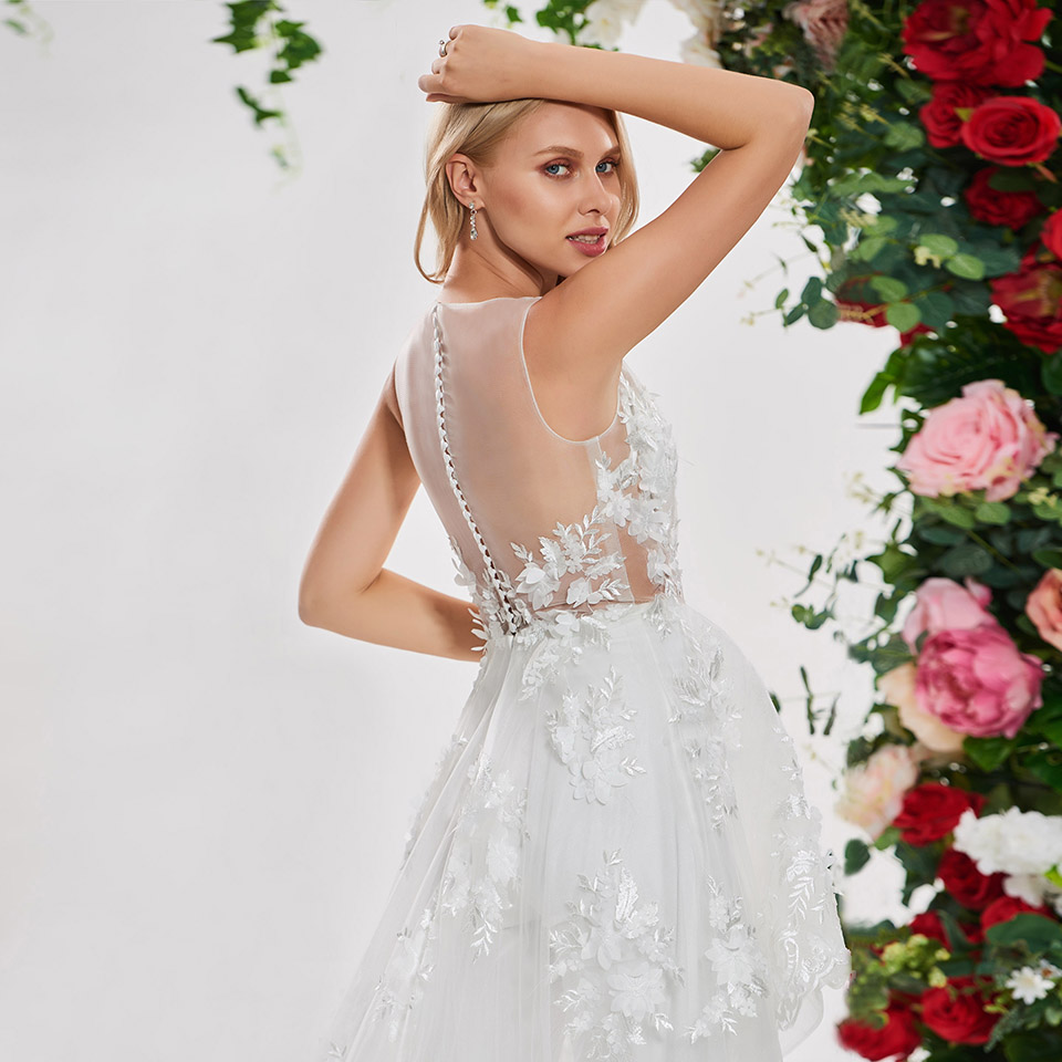 Image 5 - Dressv elegant irregual lace stitching wedding dress scoop neck sleeveless lace floor length simple bridal gonws wedding dresses-in Wedding Dresses from Weddings & Events
