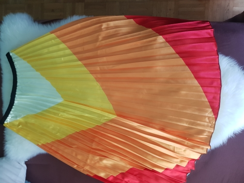 New Coming Spring Rainbow Discoloration Silk Surface Retro Women Skirts High Street Style A Line Striped Skirts photo review