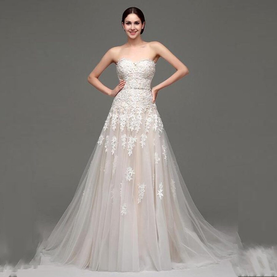 Amazing Tulle Sweetheart Neckline A-Line Wedding Dresses With Lace Appliques Crystal Beading Belt Lace-up Bridal Dress