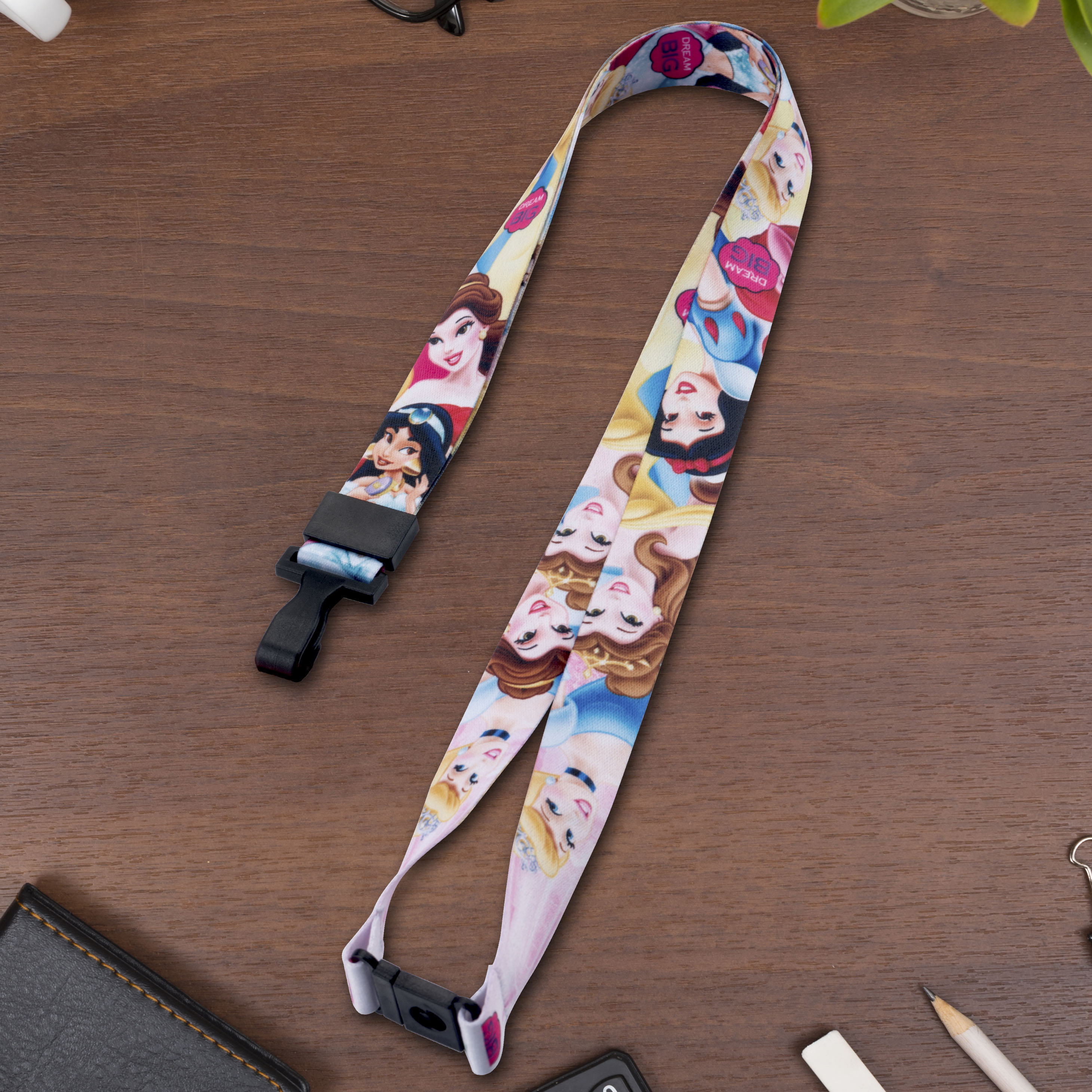 GREEN DETACHABLE NECK STRAP FOR CAMERA,MOBILE PHONE,ID HOLDERS NEW *V23**