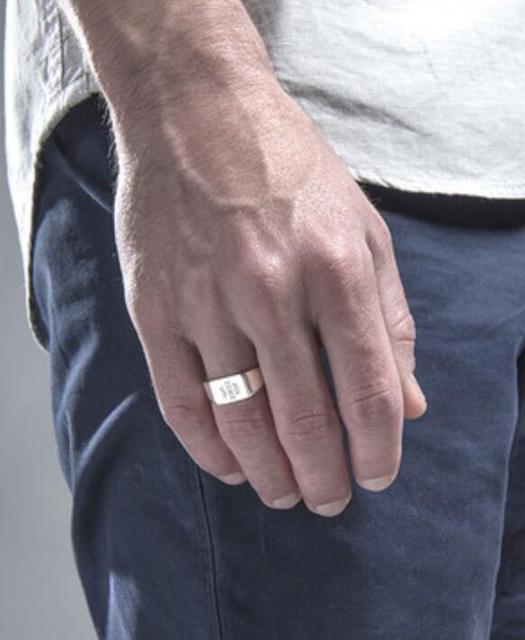 Personnalisé hommes chevalière bague monogramme gravure personnalisée bague hommes nom initiale bague cadeau bijoux pour lui anniversaire noël cadeau