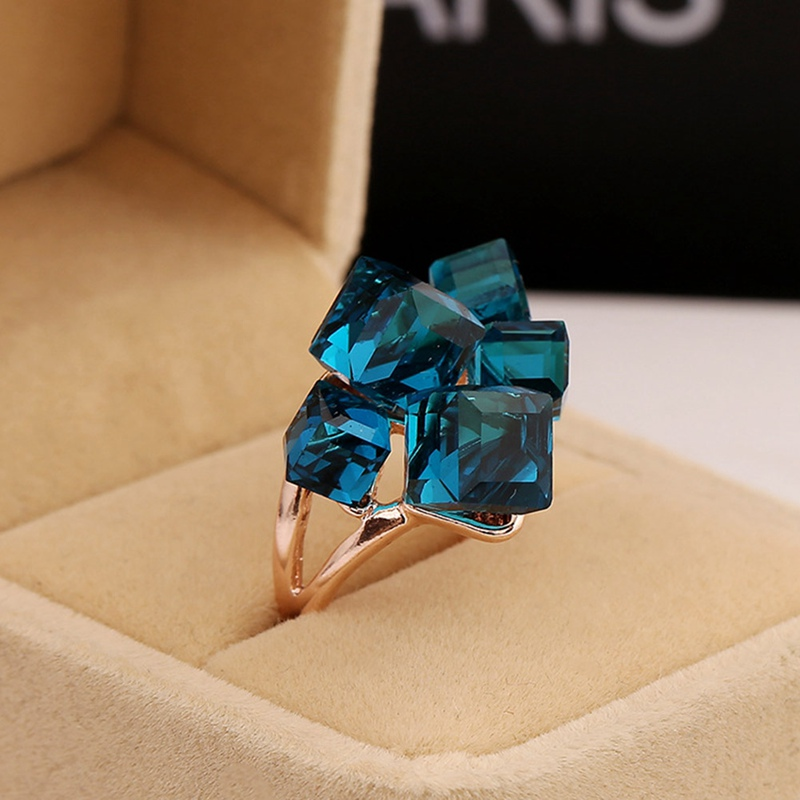 Ladies Fashion Blue Engagement Rings For Women Luxury Vintage Cristales Ring With Stones