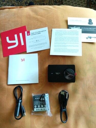 """YI 4 К + (плюс) действие Камера только международное издание первого 4 К/60fps Амба H2 SOC Cortex-A53 IMX377 12MP CMOS 2,2 """"НРС оперативная память WI-FI"""