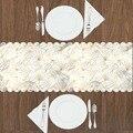 Еще серые белые облака золотисто-желтые полосы линии 3d Рисунок Современный Настольный бегун для кухни столовая скатерть