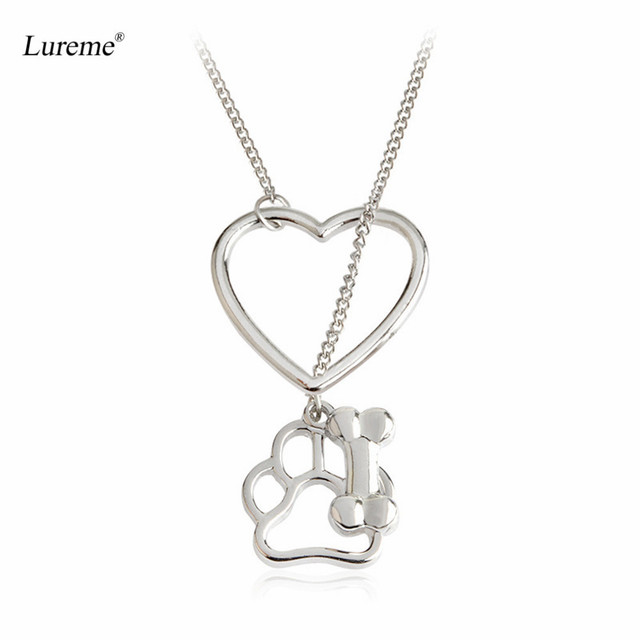 Lureme New Creative Silver Tone Heart and Dog Claws Bone Pendant Necklace for Women Gift (nl005818)