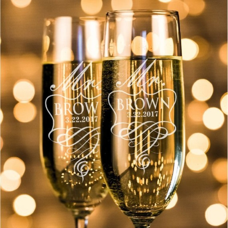 2pcs/set Personalized Mr.Mrs. Name Date Wedding Champagne Flutes Wedding Favors Gift Custom Kinds of Champagne Glasses champagne