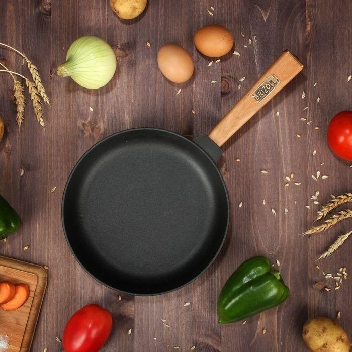 Frying pan cast iron with wooden hand  caucasian grill  coffee pot bowler pan frying pan mug 02240-R2