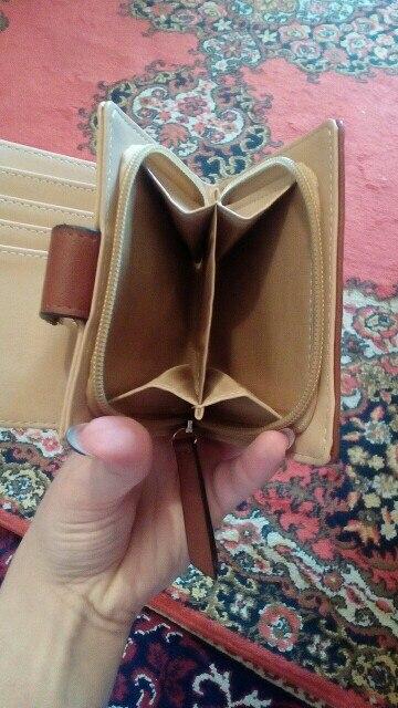 Подкладка Материал:: Полиэстер; Подкладка Материал:: Полиэстер; СМД гало; бумажник женщин;
