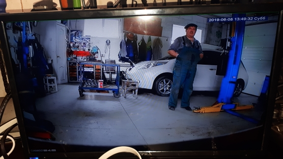 DEFEWAY HD Kit Security Camera 1080P HD Video Surveillance Kit 4 Outdoor Surveillance Camera CCTV System 8CH DVR 1TB HDD AHD