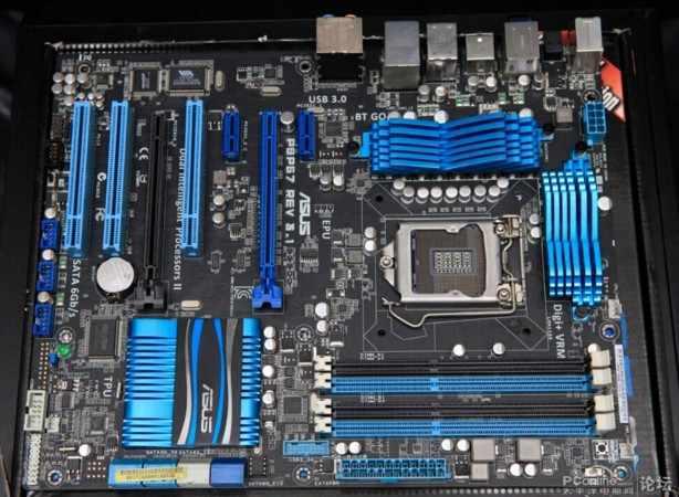 LGA1155 dla ASUS P8P67 REV 3.1 oryginalny używany pulpitu P67 1155 płyta główna DDR3 USB3.0 SATA3