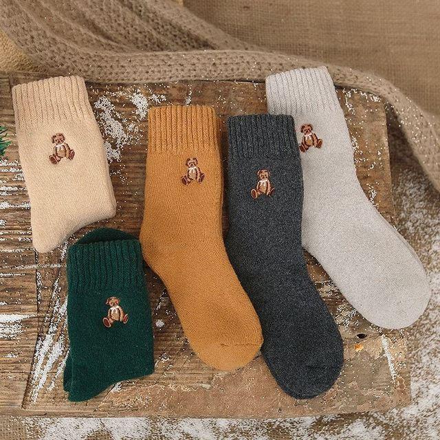Mori Girl Harajuku Socks Embroidery Bear Thick Cotton Wool Sock ... a6721391a4