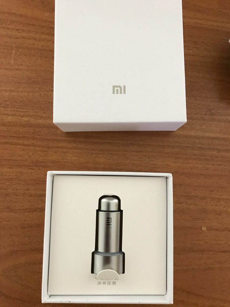 Original Xiaomi Mi Car Charger Metal Casing Dual USB Ports 5V 2.4A Charging Universal Car Charger for iPhone Samsung Huawei LG