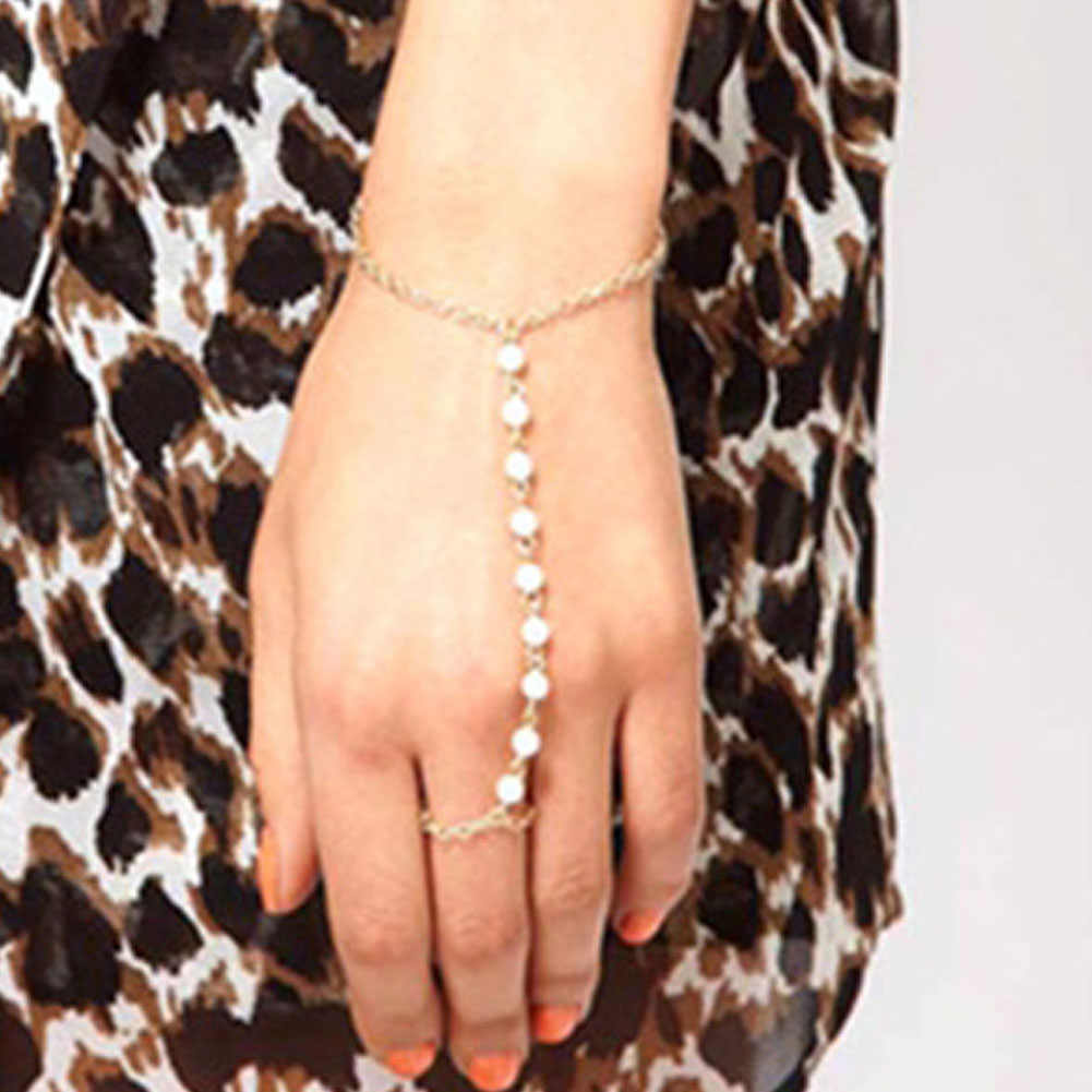 New Arrival Fashion Jewelry Beautiful Imitation Pearls Chain Linked Finger Loop Bracelet Elegant Women's Wire hand Harness Ring