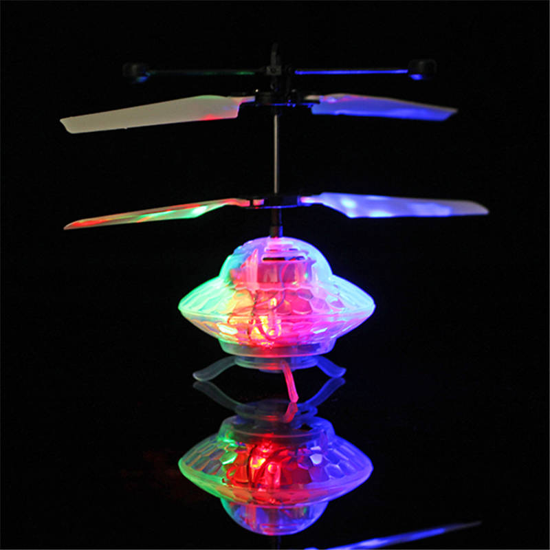 Mising 3.7V Remote Control Hand Induction Flying LED Light UFO Toy USB Charging Infrared Flashing fantastic color Airplane Toys