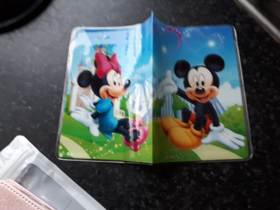 22 Styles 2019 Fashion Cartoon Superman Mickey Passport Holder PVC Leather Travel Passport Cover Case Card ID Holders 14*9.6cm photo review