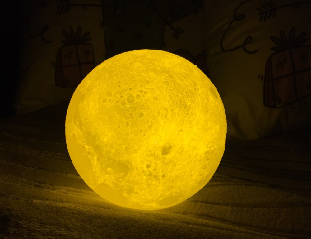 Awesome 3D Moon Lamp photo review