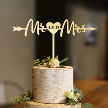 Wedding Cake Topper Arrow, Surname Topper, Rustic Mr and Mrs cake toppers, Initials arrow wood