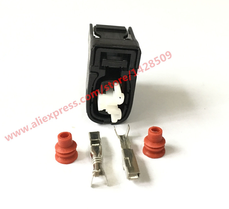 50 Sets 2 Pin Female Injector Auto Connector 90980 11246 7283 8226 30 For Toyota 2JZ GE Matrix Lexus SC300 Hyundai Mazda RX7 S6-in Connectors from Lights & Lighting    1