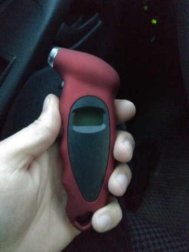 Easy DIY Digital Tire Pressure Gauge photo review