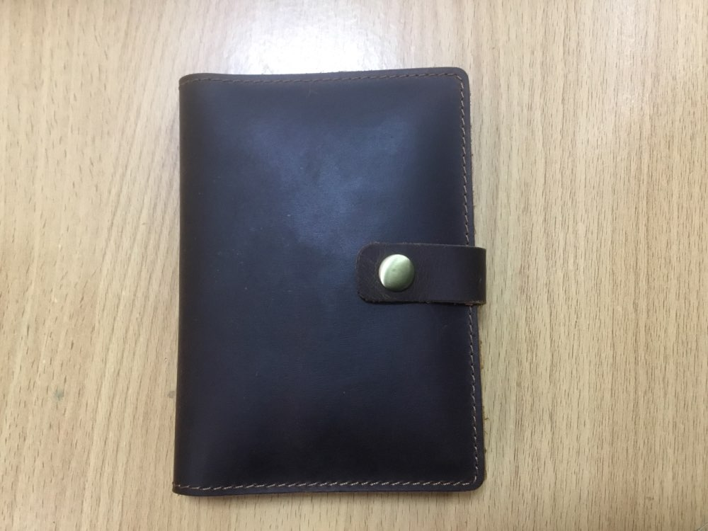 Luxe handgemaakte reizen paspoort houder mannen Top koe lederen tas voor paspoort reizen portemonnee Oragnizer Vintage Hasp Paspoort Cover photo review