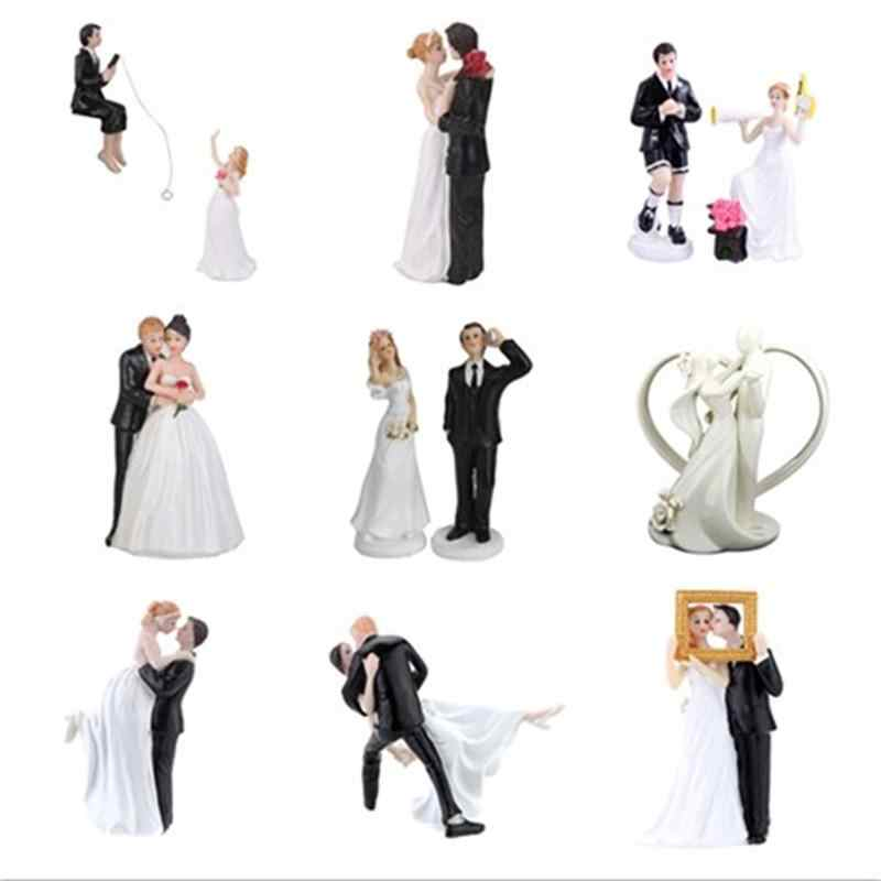 Romantic Bride and Groom Toppers Couple Figurine Wedding Funny Cake Topper for Wedding Cake Decoration