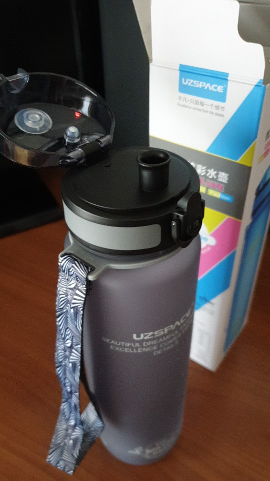 Explosion Sports Water Bottles 500ML 1L Protein Shaker Outdoor Travel Portable Leakproof Tritan plastic My Drink Bottle BPA Free-in Water Bottles from Home & Garden on Aliexpress.com | Alibaba Group