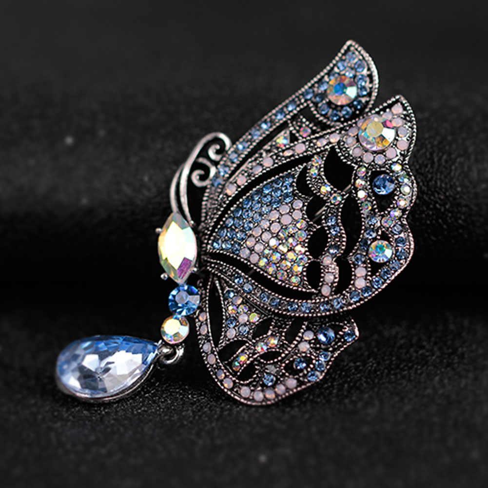 Charming Multicolor Acqua Goccia di Cristallo Farfalla Spilla Per Le Donne Wedding Pins Spille Elegante Partito Spilla Monili Animali