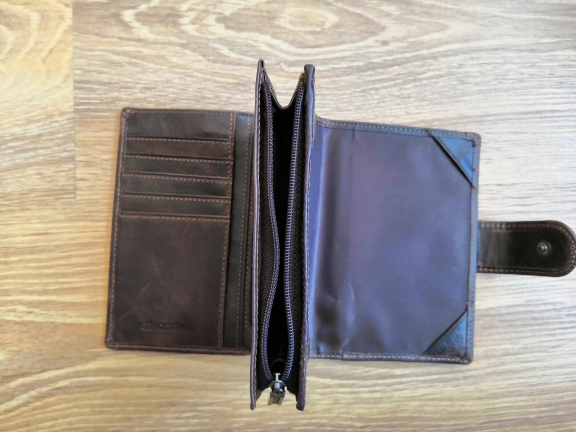 2019 Genuine Leather Men's Passport Cover Wallet Large Capacity Passport Holder Coin Purse Men Organizer Wallets Card Holder photo review