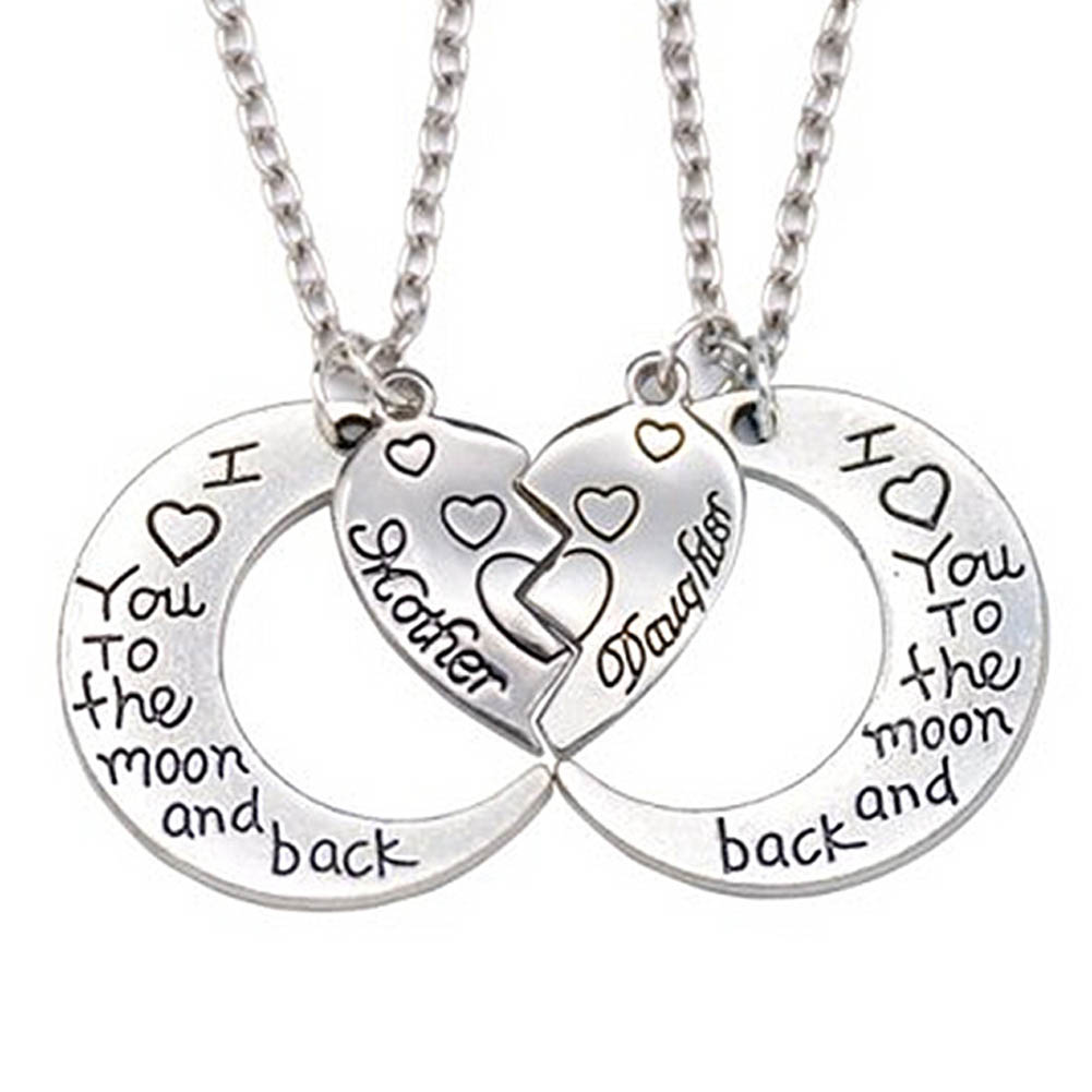2018 New Broken Heart 2 Parts Pendant Necklace Heart Mother Daughter Necklace I Love You To The Moon And Back