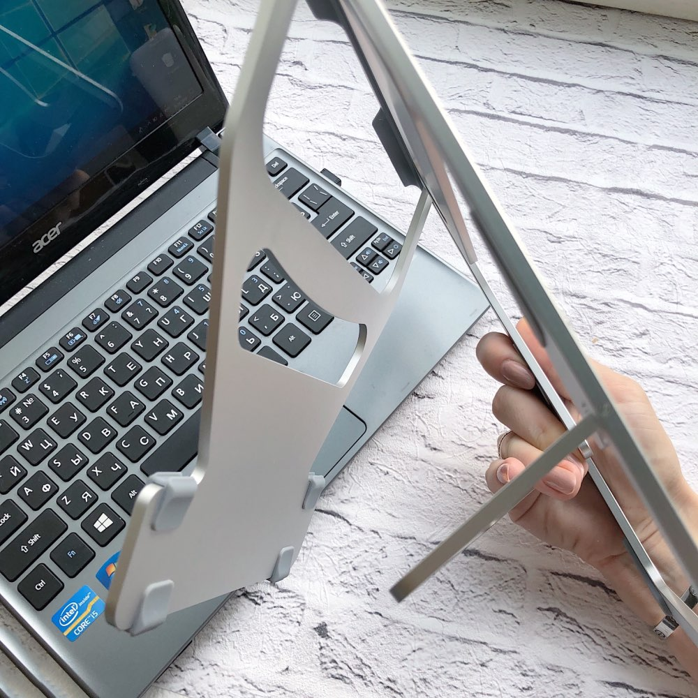 WIWU Universal Laptop Stand Aluminum Lapdesks for MacBook Air Pro 11-15 inch Adjustable Cooling Support Notebook PC Tablet Stand