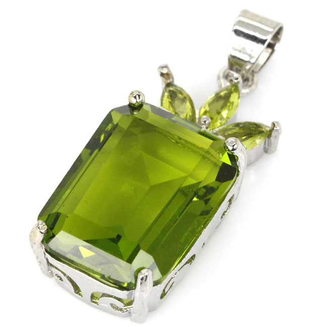 SheCrown Top AAA+ Rectangle 18x13mm Green Peridot Gift For Sister Silver Pendant 32x13mm
