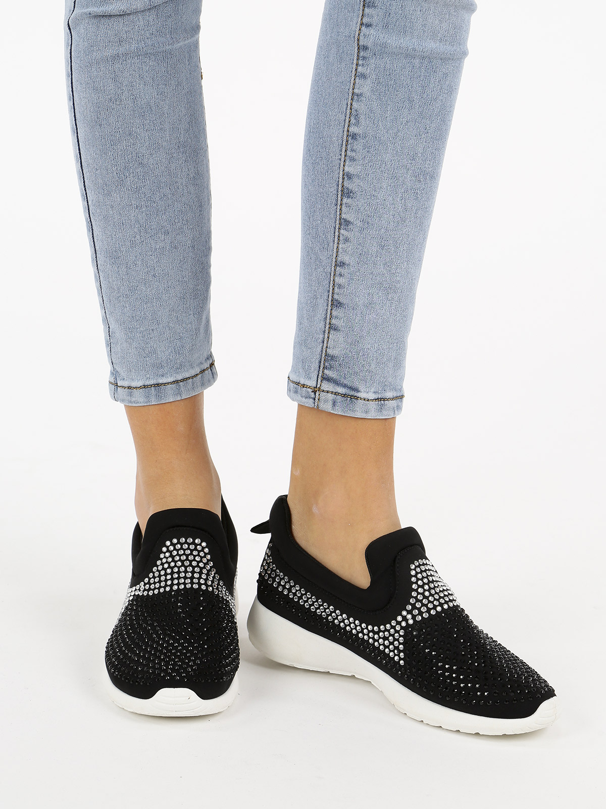 SOLADA Sneakers With Rhinestone